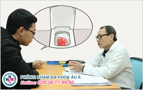 Đi vệ sinh ra máu là dấu hiệu của bệnh gì?